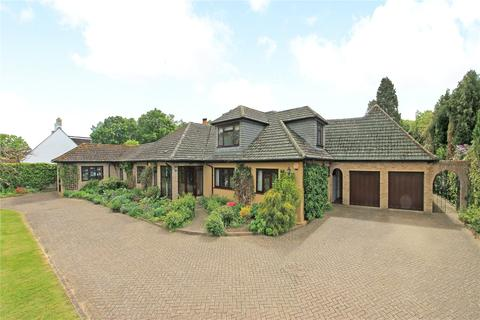 6 bedroom detached house for sale - Leigh Road, Hildenborough, Tonbridge, Kent, TN11