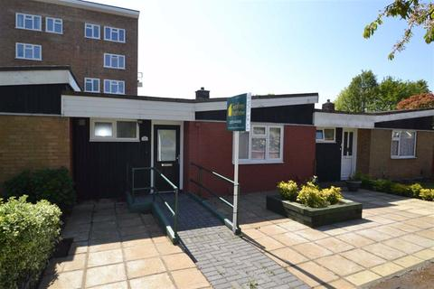1 bedroom bungalow for sale - Pyttfield, Harlow, Essex, CM17