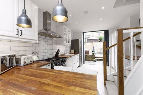 2 bedroom house for sale - Cowick Road, Tooting