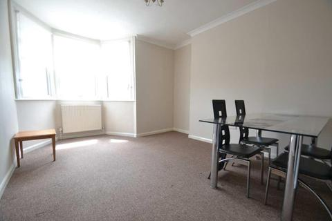 1 bedroom flat to rent - Lynton Road, West Acton, W3