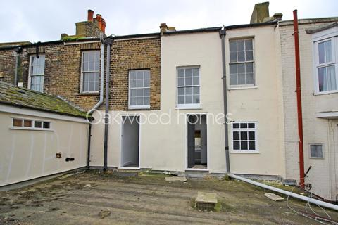 2 bedroom apartment for sale - Herbert Place, Margate