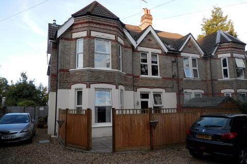 2 bedroom flat to rent - Princess Road, Poole, BH12