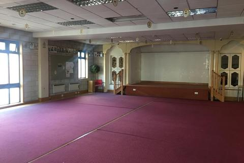 Property to rent - The Broadway, Southall, UB1