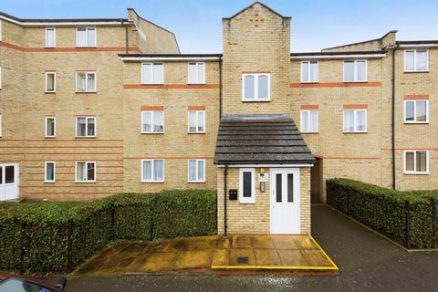 2 bedroom apartment to rent - Parkinson Drive, Chelmsford, CM1