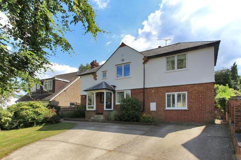 3 bedroom detached house for sale - New  Road, Cranbrook, Kent, TN17 3LE