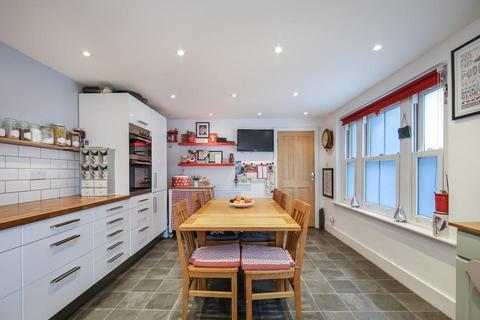 3 bedroom end of terrace house for sale - Wells Way, London SE5