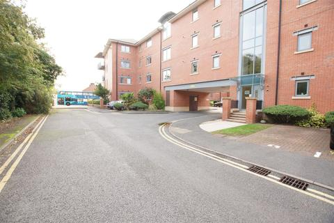 2 bedroom apartment to rent - Walls Avenue, Chester CH1 4LN