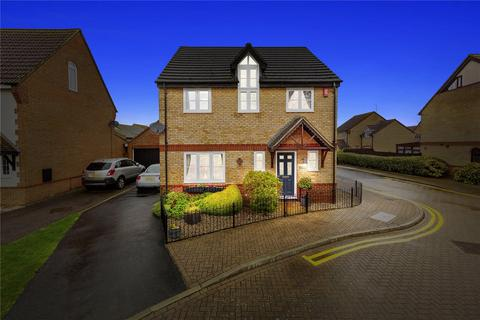 4 bedroom detached house for sale - Juniper Drive, Brandon Groves, South Ockendon, Essex, RM15