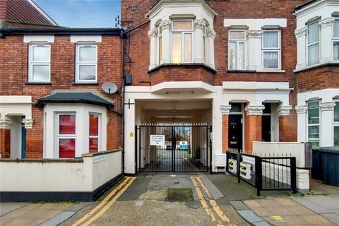 2 bedroom terraced house for sale - Platinum Mews, London, N15
