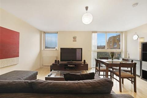 1 bedroom flat to rent - Spice Court, Asher Way, London, E1W