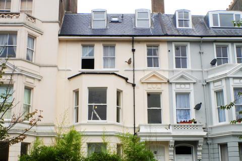 2 bedroom flat to rent - Charles Road, St Leonards TN38