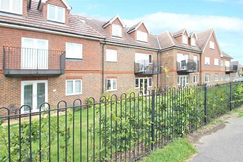 2 bedroom apartment for sale - Willow Court, 52-58 Woodlands Avenue, Rustington, West Sussex, BN16