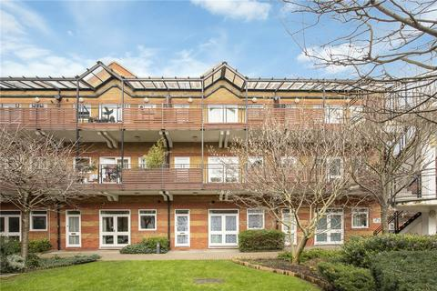 2 bedroom flat share to rent - Park House, 16 Northfields, London, SW18