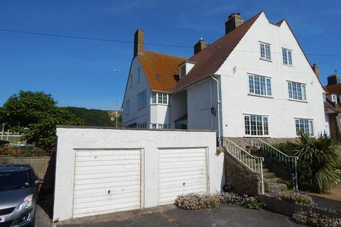 6 bedroom end of terrace house for sale - Trevelyan Road, Seaton, Devon