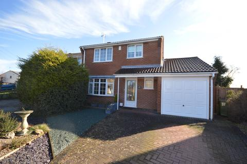 3 bedroom detached house for sale - Spinney Halt, Whetstone, Leics, LE8 6HW