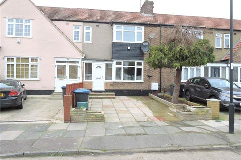 3 bedroom terraced house for sale - Swan Way, Enfield, Greater London