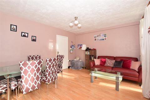 2 bedroom ground floor flat for sale - Laburnum Road, Mitcham, Surrey