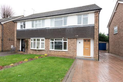 4 bedroom semi-detached house to rent - Gorse Road, Cookham