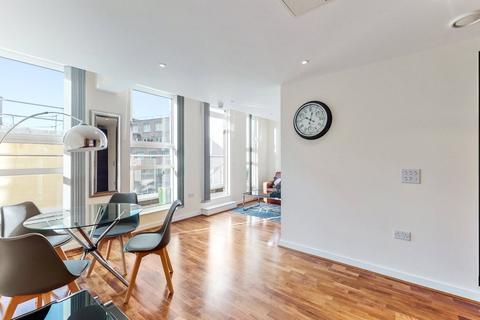 1 bedroom apartment to rent - Lambs Passage, EC1Y