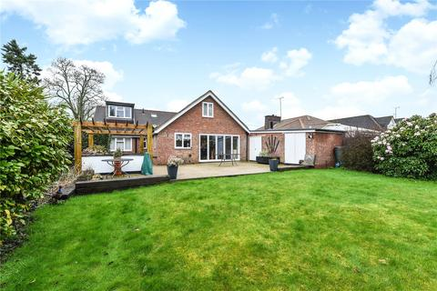 4 bedroom detached bungalow for sale - Drift Road, Whitehill, Hampshire