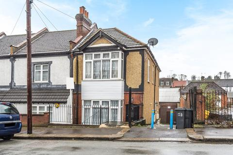 2 bedroom maisonette for sale - Malcolm Road, Coulsdon