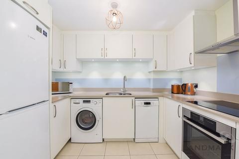 1 bedroom apartment for sale - Taffrail House, London