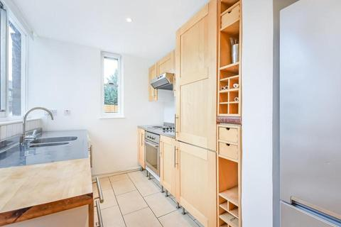 2 bedroom terraced house to rent - Barset Road, London SE15