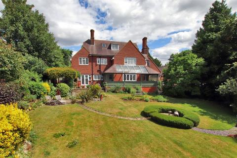 5 bedroom detached house for sale - Cronks Hill Road, Redhill, RH1