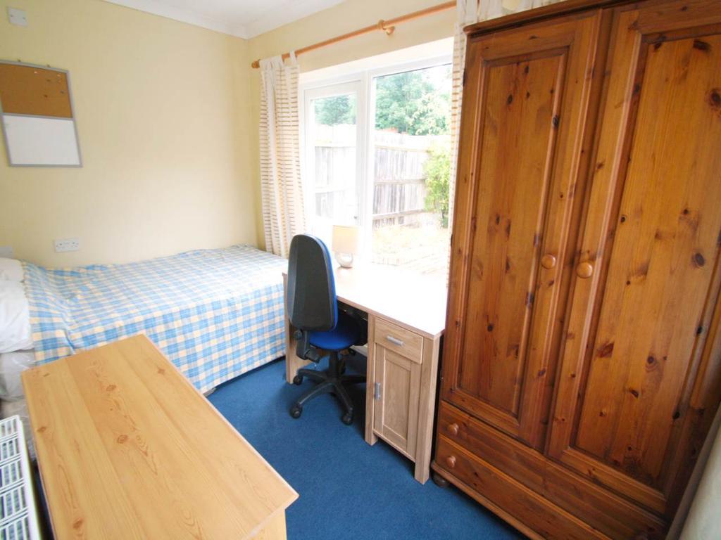 RT2 Bedroom 4