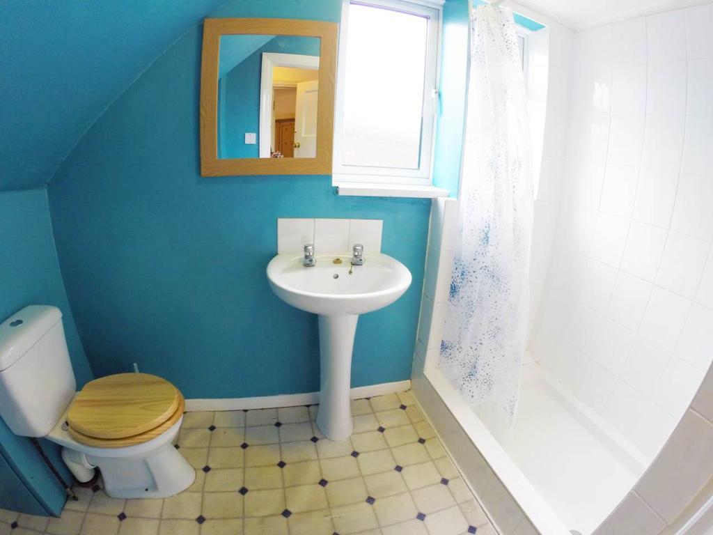RT2 Shower Room
