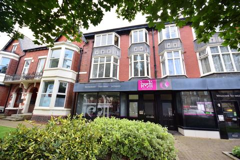 2 bedroom apartment to rent - Wood Street, Lytham St. Annes, Lancashire, FY8