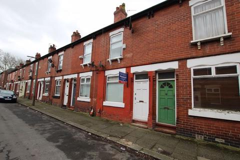 2 bedroom terraced house to rent - Oak Grove, Urmston, Trafford, M41