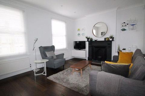 1 bedroom maisonette to rent - Totteridge Road, Enfield