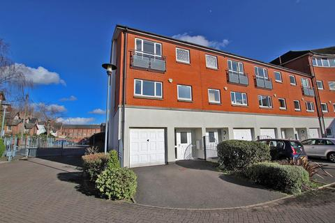 4 bedroom townhouse to rent - Park Wharf, Castle Marina, Nottingham