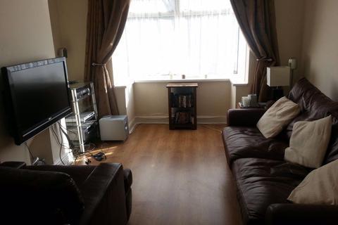 3 bedroom house to rent - Beckhampton street, Town Centre