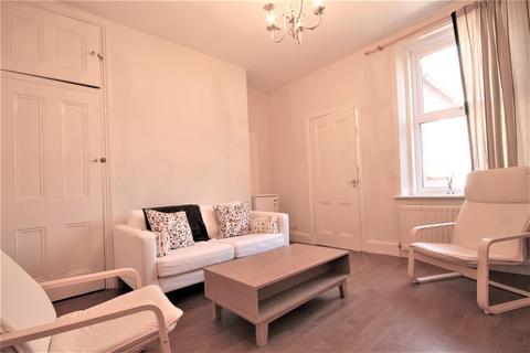 3 bedroom maisonette to rent - Ancrum Street, Spital Tongues