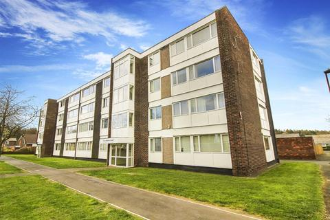 1 bedroom flat to rent - Boston Court, Forest Hall