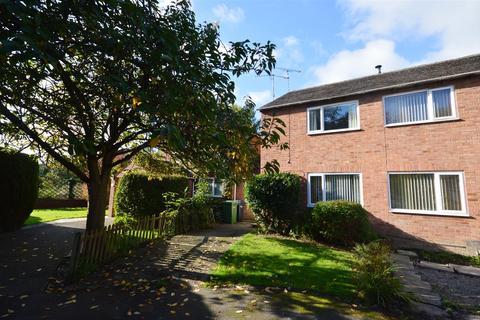 3 bedroom semi-detached house to rent - Osborne Place, Leominster
