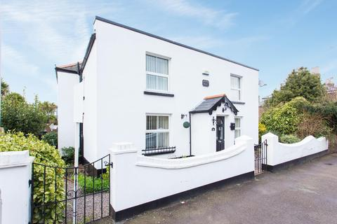 3 bedroom detached house for sale - Church Path, Deal