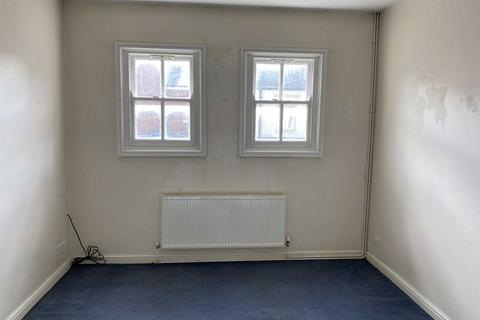2 bedroom flat to rent - High Street, Harborne