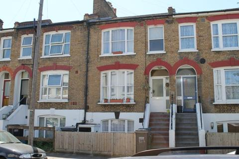 2 bedroom apartment for sale - Walters Road, South Norwood, London, SE25