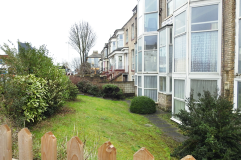 1 bedroom flat to rent - Carlton House, HU3
