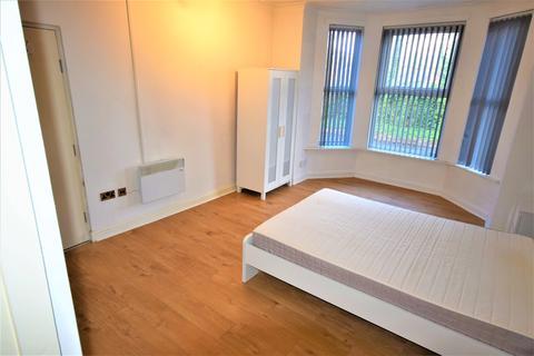 Studio to rent - Sandy Grove, Salford M6
