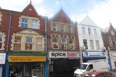 3 bedroom flat to rent - Holton Road, Barry EPC RATING E, The Vale Of Glamorgan. CF63 4HA