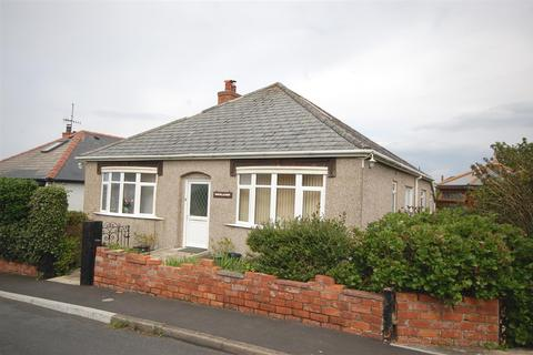 4 bedroom detached bungalow for sale - Cliff Drive, Borth