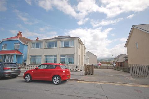 4 bedroom house for sale - Borth
