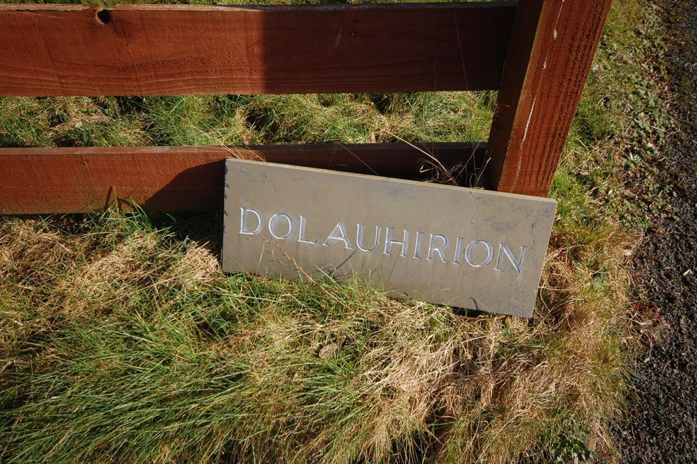 Dolauhirion   sign.jpg