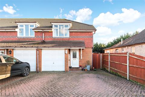 3 bedroom end of terrace house for sale - Masson Avenue, Ruislip, Middlesex, HA4