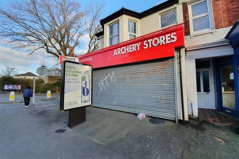 Shop to rent - Seaside, Eastbourne
