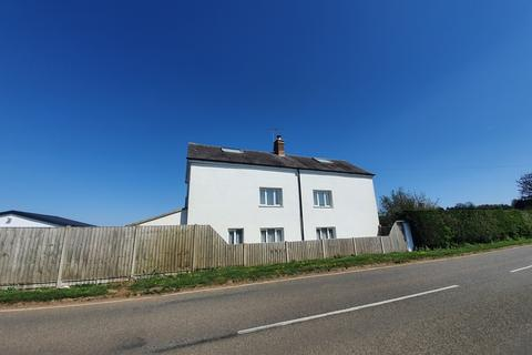 4 bedroom house to rent - Buston Farm Cottage